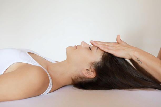 Cranio Stuttgart_Behandlung Craniosacrale Therapie